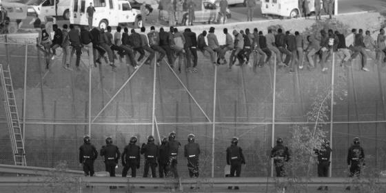 28.000 inmigrantes eluden las vallas pese a los 140 millones invertidos