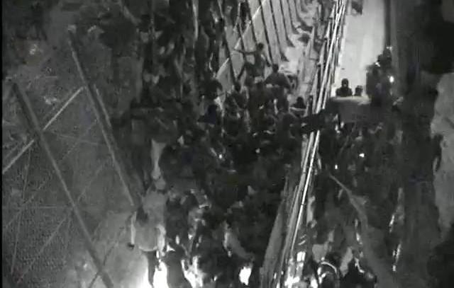 Una ONG muestra cómo la Guardia Civil golpea a un inmigrante en Melilla