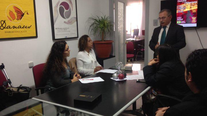 """Conferencia """"Derechos y Obligaciones del ciudadano ante la administración española"""""""