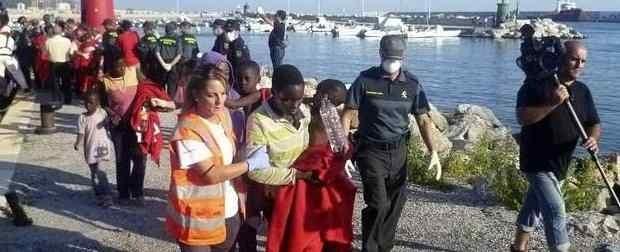 La sociedad española avanza hacia una mayor tolerancia de la inmigración