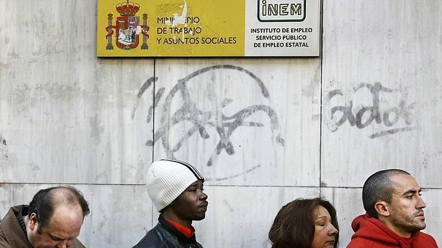 inmigrantes inem 644x362 - Derechos y Obligaciones Laborales
